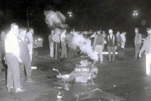 1970s_glynn shafer_motor falls out (shany)